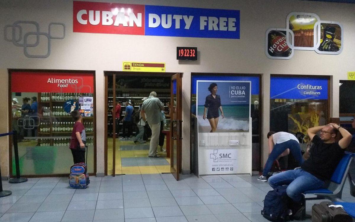 Geschäft am Flughafen Havanna