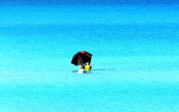 Sonnenschutz auch im Wasser
