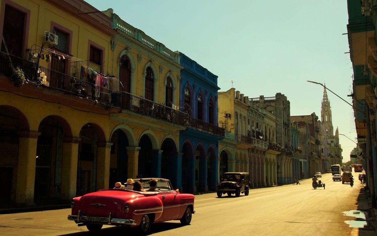 Stadtrundfahrt im Oldtimer Havanna